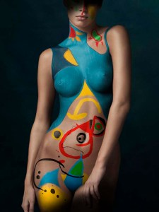 Only to be used in connection with the book The Art of Bodypainting